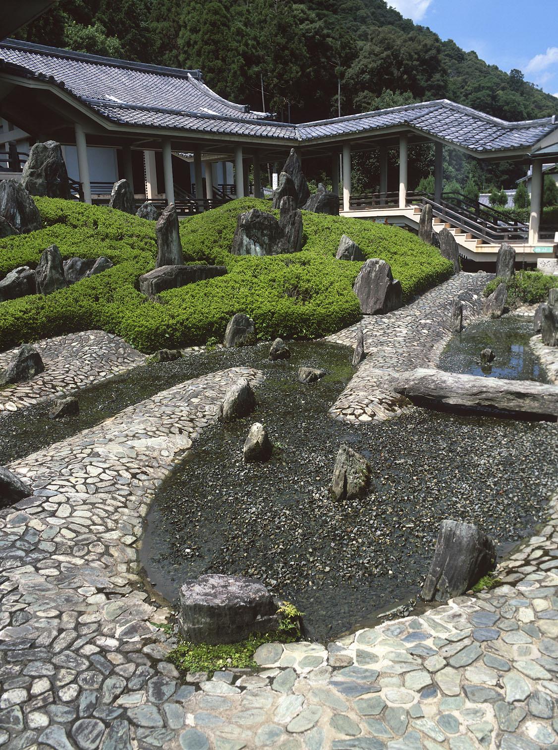 Giardini Giapponesi: lEternamente Moderno di Mirei Shigemori